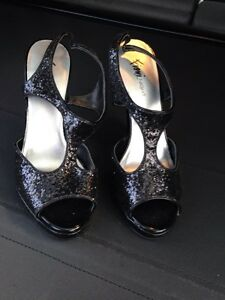 Sparkly high heels dress shoes