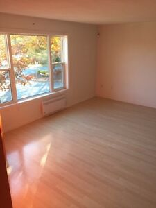 Bedroom for rent located in lacewood terminal