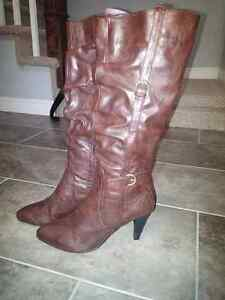 Dark brown leather stiletto boots, size 10, worn once, $40 ono St. John's Newfoundland image 6