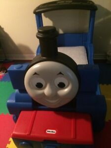 Thomas the engine bed with toy box and shelf just reduced: 150$