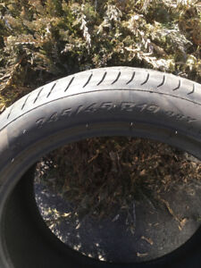 Pirelli PZero Runflats  245/45 r19