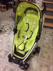 Quinny ZAPP folding stroller in excellent condition BARGAIN West Island Greater Montréal image 1
