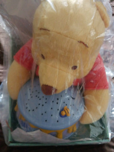 Disney - Dreamy stars Winnie the Pooh - brand new in package.