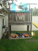 PLAY SET/FORT