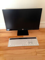 Monitor and wireless keyboard for SALE !!!