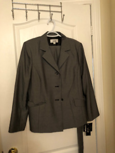 Gently used Women's business clothes for sale!