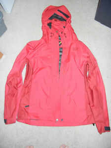 LADIES SPRING COAT ( RAIN COAT )