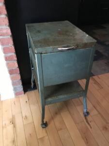 table industriel/classeur vintage