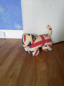 Deginer Union Jack dog internal door stop