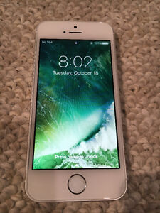 iPhone 5S (New Condition With Warrenty)