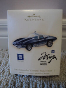 Hallmark Keepsake GM 1961 Chevrolet Corvette Mako Shark *NEW IN