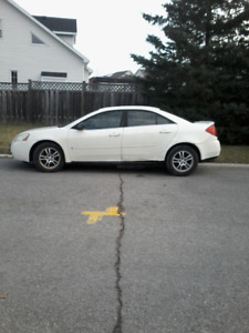 2006 PONTIAC G6 LADY DRIVEN HIGHWAY MILES CLEAN AND RELIABLE