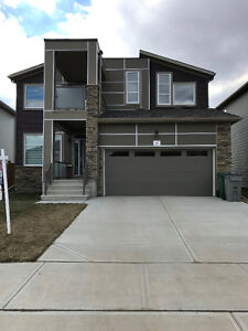 BACKING GOLF COURSE - CENTRAL AIR - HUGE DECK - BEAUMONT