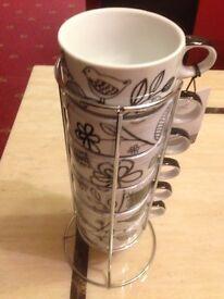 Mugs with metal stand