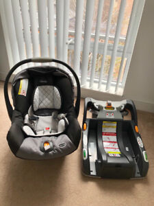 Chicco Keyfit 30, Infant car seat with base, great condition!