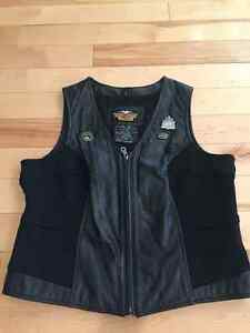 FOR SALE - Harley-Davison Women's Leather Vest and chaps