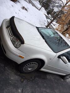 2003 Volkswagen Golf Bicorps 2000$ nego