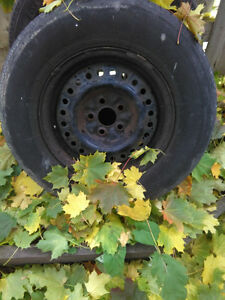 2001 CRV winter tires. Grand Caravan tires on rim. Windsor Region Ontario image 2