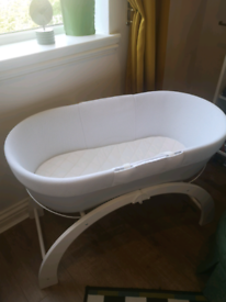 Curve baby sleep moses basket