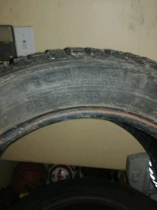 Un pneu 205 55 r16