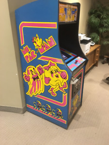 MS PACMAN ARCADE MACHINE