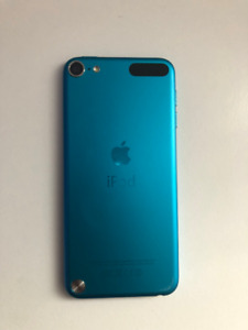 Used Blue Ipod Touch 5, 32gb with 10ft charger and case