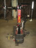 REDUCED FOR QUICK SALE!! Tire changing machine