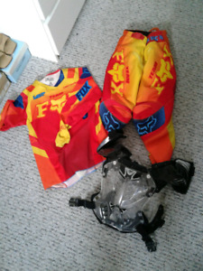 Fox BMX/MOTOCROSS Race suit and chest protector