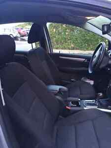 Mercedes Benz 2011 B200 with MB warranty  West Island Greater Montréal image 2