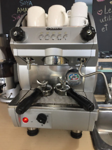 Machine espresso commerciale SAECO