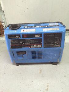 generatrice yamaha ef 600 moteur 4 temps sortie 120 volts et 12