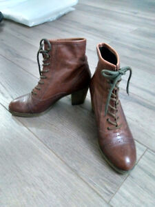 New Leather boots for sale
