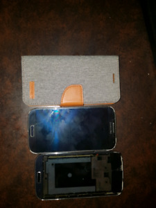 2 Samsung S4 for Parts (Clean IMEI) plus case