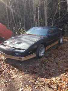 parting out 1987 Pontiac Firebird Trans am