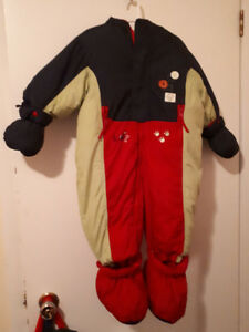 One-Piece 24 month Snowsuit, never worn, Teddy's Choice