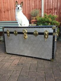 LARGE 1980s steamer trunk £49ono