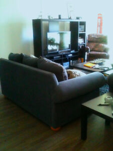 1 bdrm apt Crescent Heights. 5 min to downtown. Cats allowed.