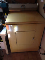 Maytag Secheuse / Dryer for sale works great like NEW