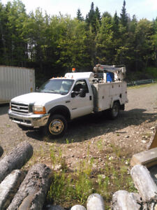 Ford F450 service truck