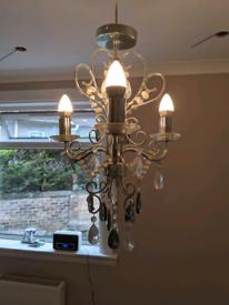 3 chandelier lights