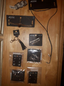 NEW Jewellery lot of earrings, necklaces, bracelet and hair clip