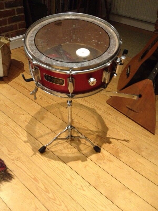 Snare Drum and cymbal on stand