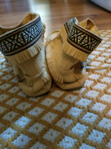 Womans Gently Used Moccasins