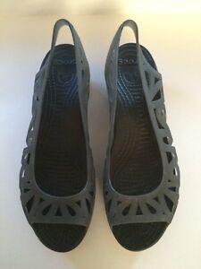 Brand new women's CROCS wedge sandals Kingston Kingston Area image 1