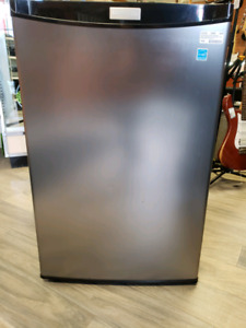 Danby Designer 4.3 CU/FT Mini Fridge