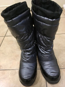 Cougar waterproof winter boots-Mint condition