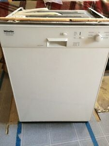 Miele white dishwasher with 3rd rack