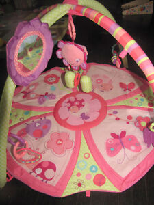 Bright Starts baby girl play mat Cambridge Kitchener Area image 1