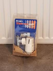 Single radiator + thermostat