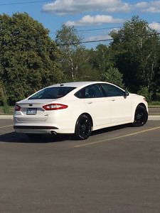 2013 Ford Fusion SE Ecoboost Sedan LOADED + Warranty